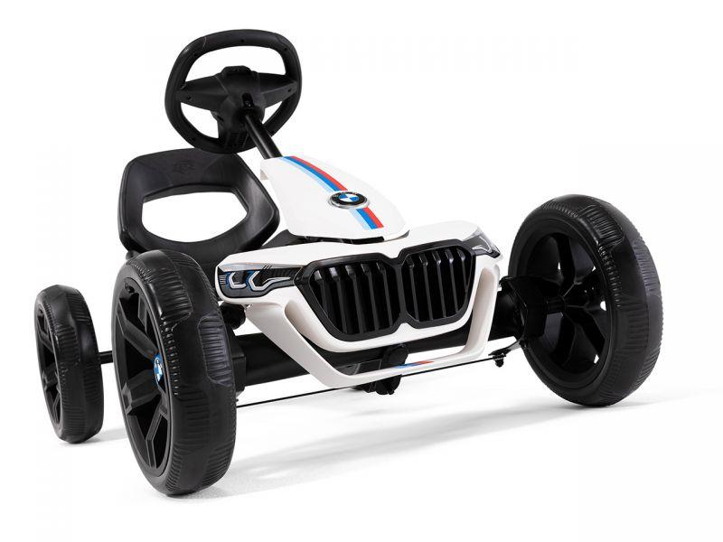 BERG Reppy BMW Pedal-Gokart für Kinder ab 2 Jahre im Test, Das Magazin bietet Gokart-Fahrspaß für jedes Alter.